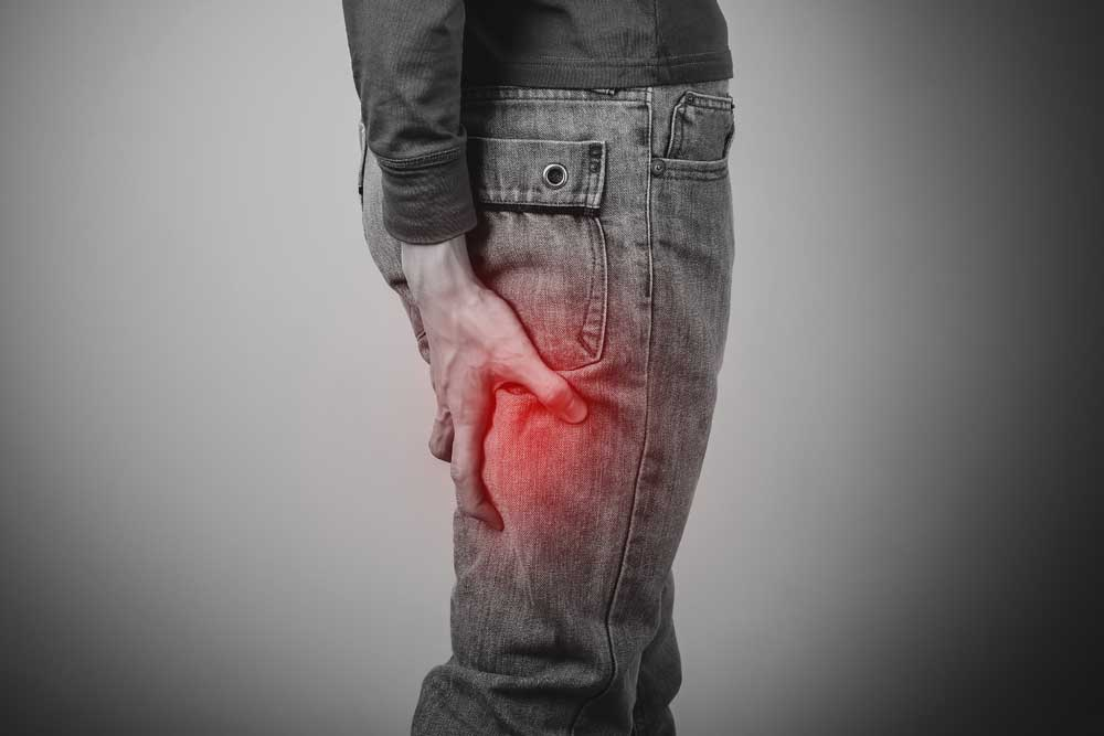 Man with sciatica pain needs chiropractic care in San Diego.